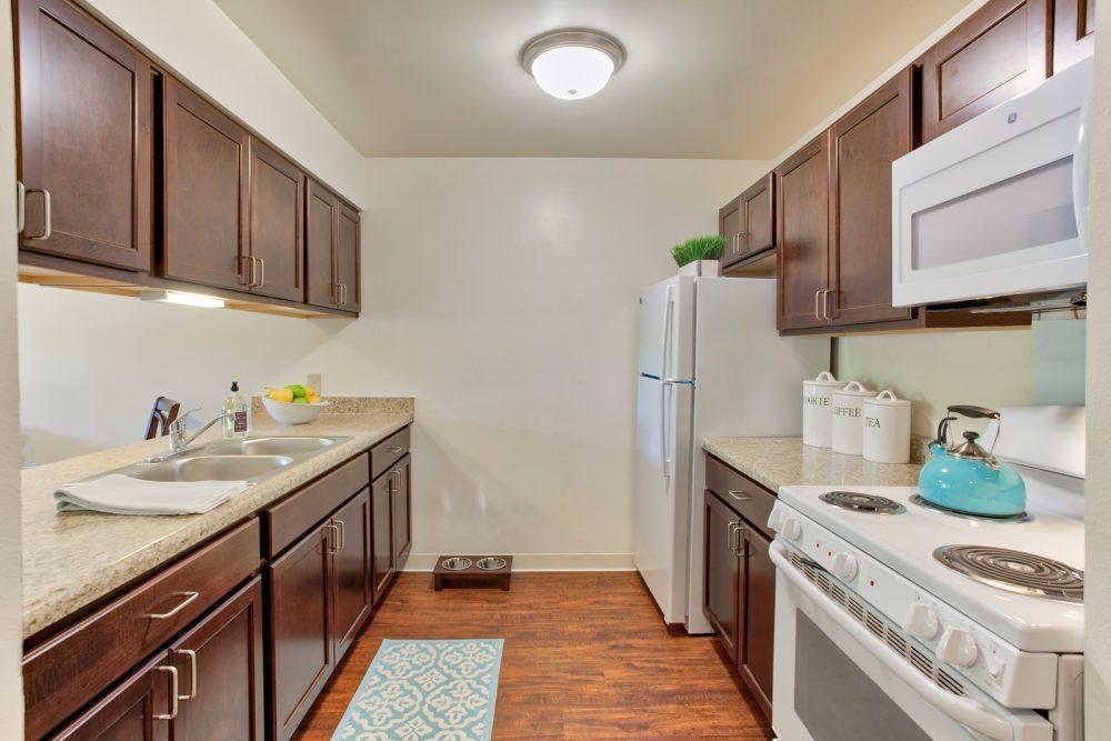 Ambrose Ridge Apartments Grand Rapids MI Kitchen 9100