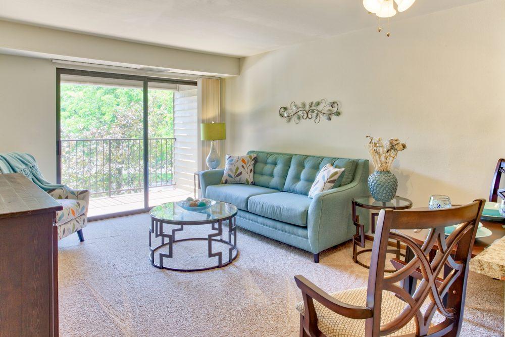 Ambrose Ridge Apartments Grand Rapids MI Living Room 9151