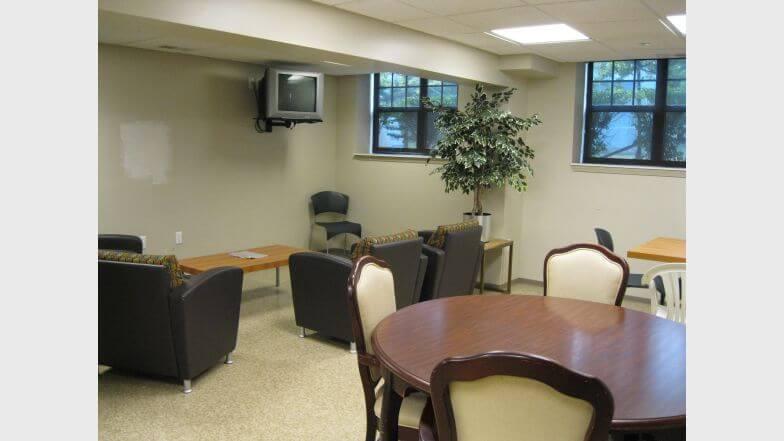 Beacon Square Pontiac MI Community Room