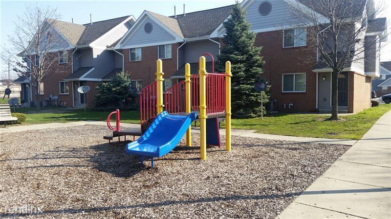 Benjamin Manor Highland Park MI Playground