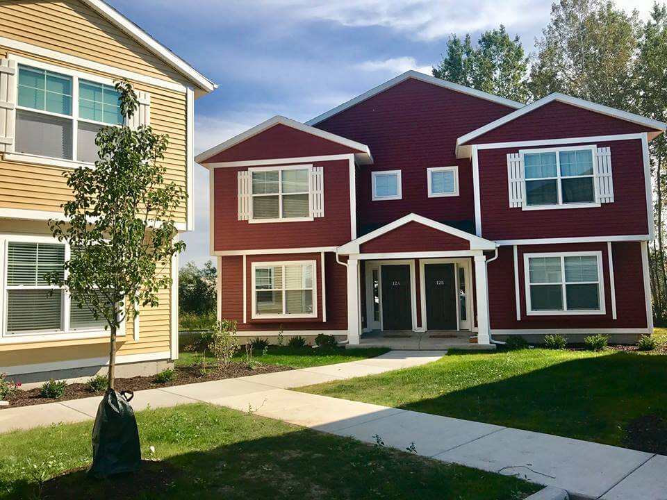 Campus Creek Cottages Big Rapids MI Apartments Private Entry