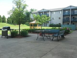 Colonial Meadows Apartments Pontiac MI Exterior Common Space