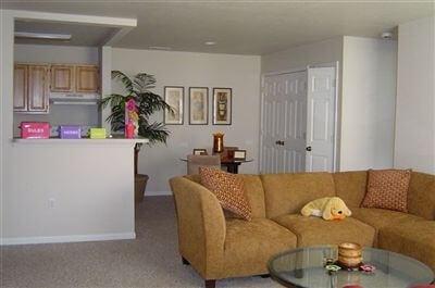 greenwood-village-hillsdale-mi-unit-interior